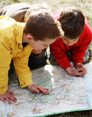 Crafts To Get Kids Engaged With Outdoors